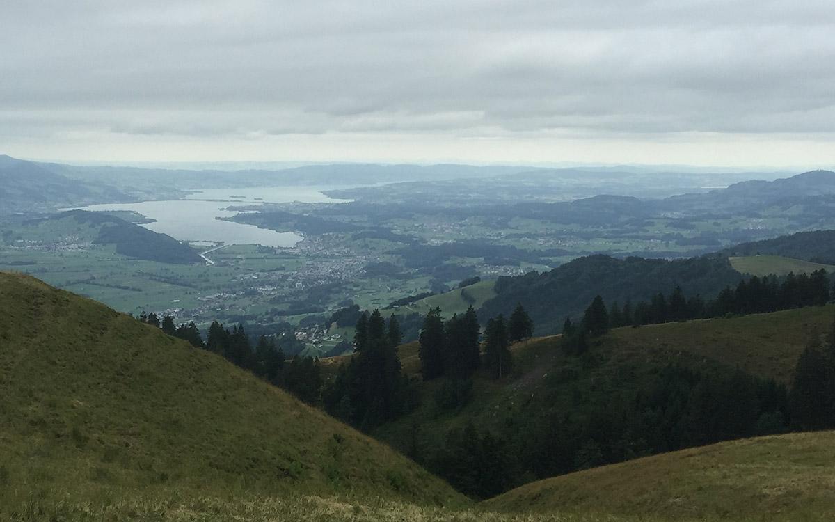 Blick vom Tanzboden auf den Zürichsee.